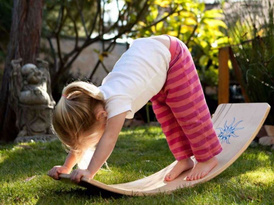 Gioco, crescita e formazione. La pedana montessoriana Wobbel