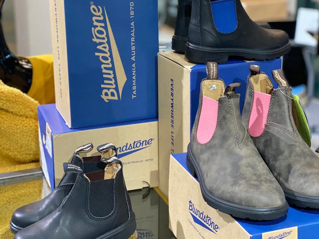 Sandrini e i Chelsea boots di Blundstone